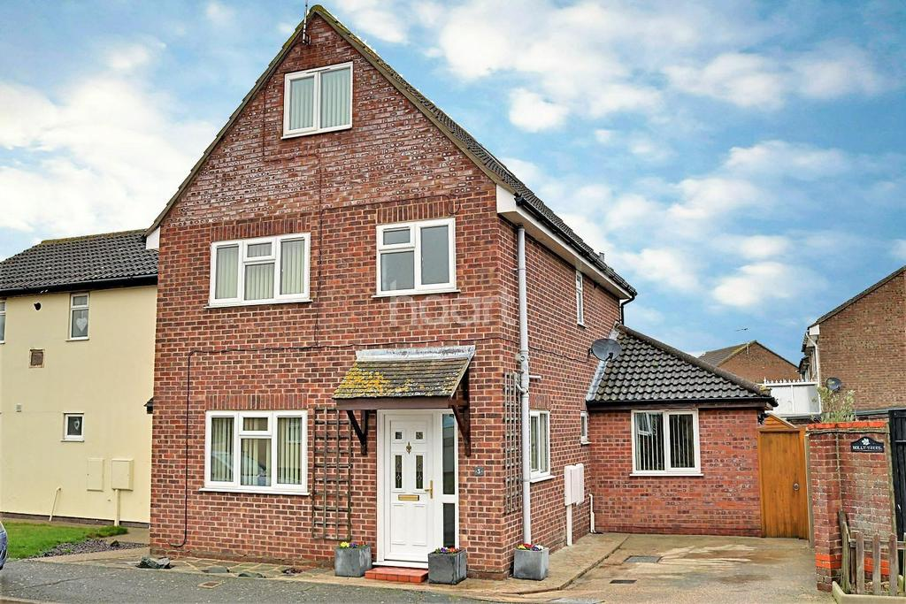 5 Bedrooms Semi Detached House for sale in Cann Hall