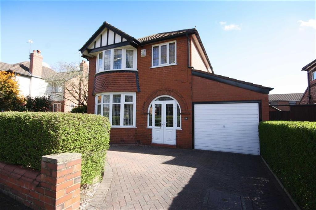 3 Bedrooms Detached House for sale in Ennerdale Drive, Sale