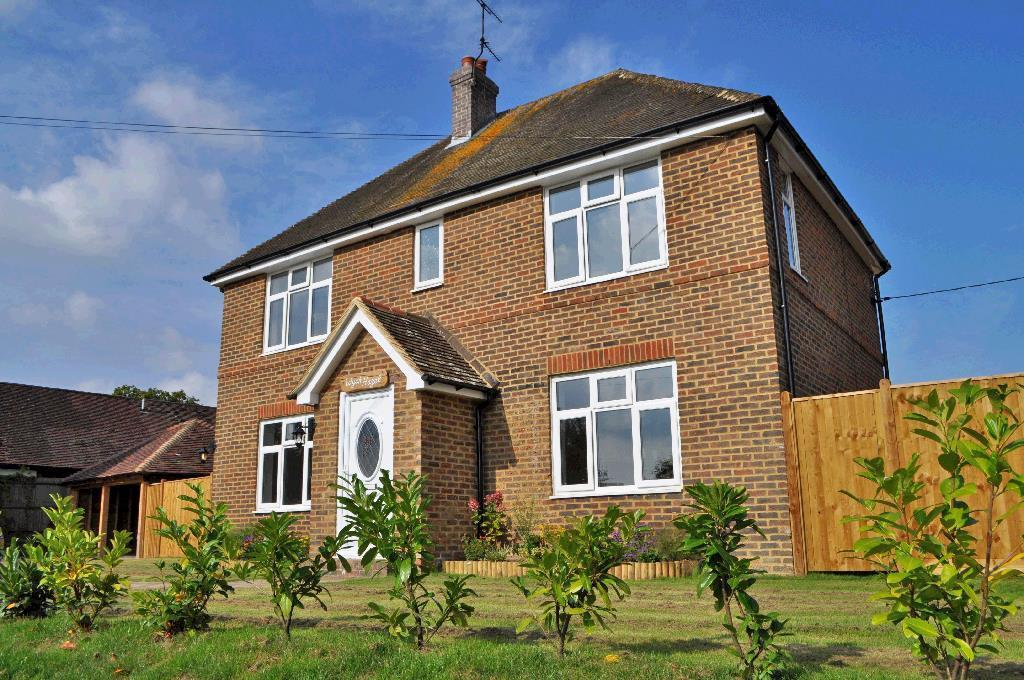 4 Bedrooms Detached House for rent in Cackle Street, Brede, Rye