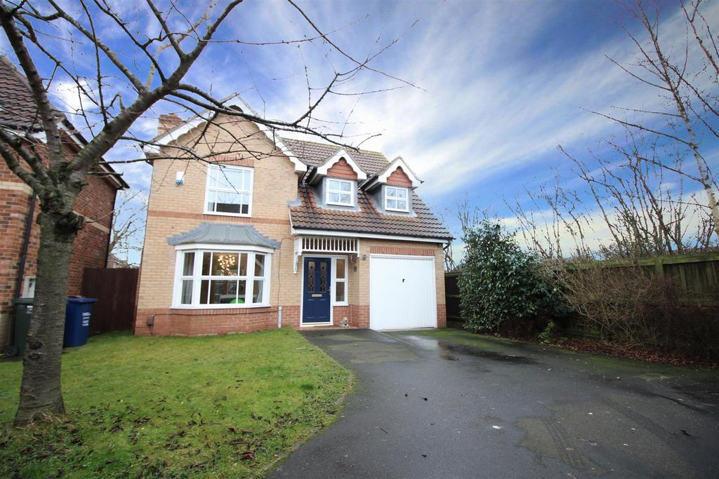 4 Bedrooms Detached House for rent in Greenlee Drive, Newcastle Upon Tyne