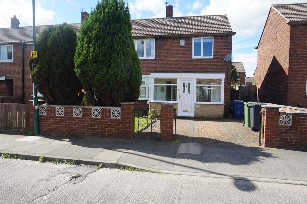 2 Bedrooms Terraced House for rent in Lorrain Road, lorrain road, South Shields N34