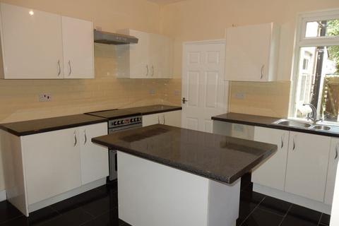 3 bedroom terraced house to rent - Godfrey Street, Nottingham
