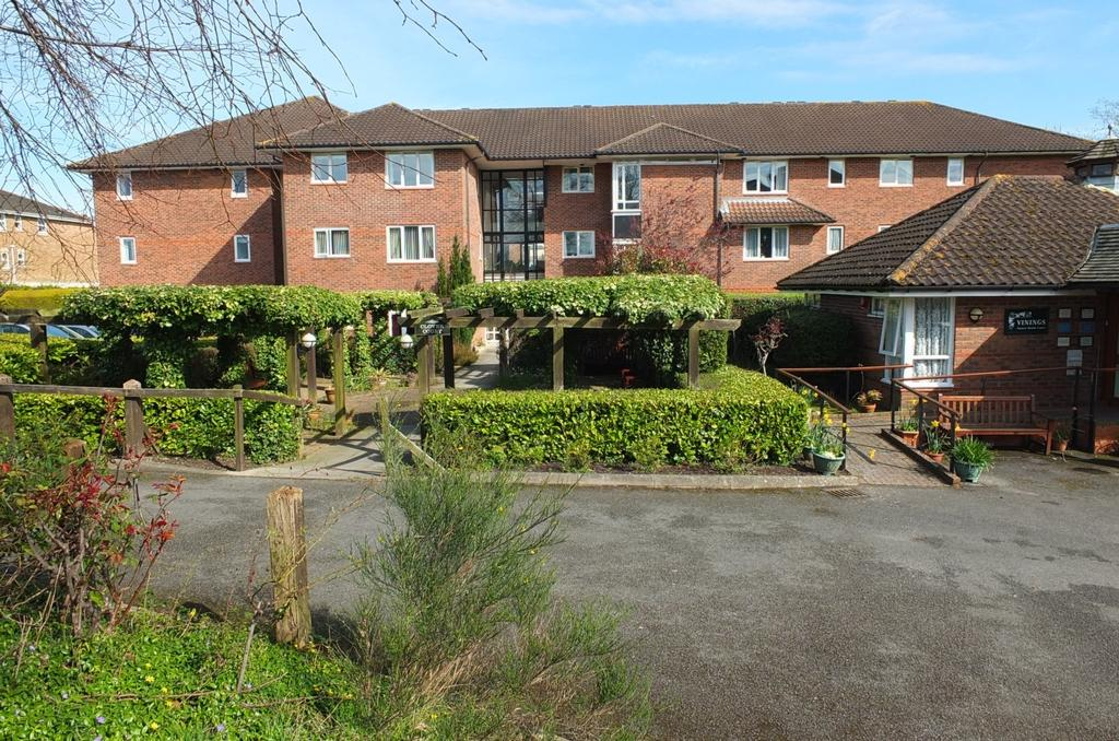 1 Bedroom Retirement Property for sale in Church Road, Haywards Heath, RH16