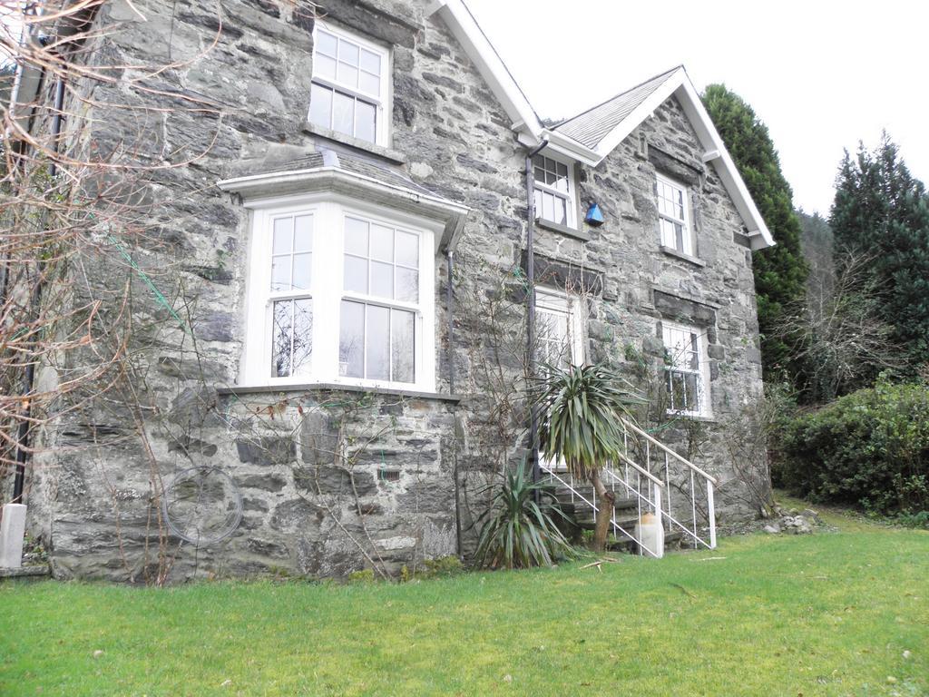 2 Bedrooms House for sale in Llys Penmaen, Penmaenpool, LL40