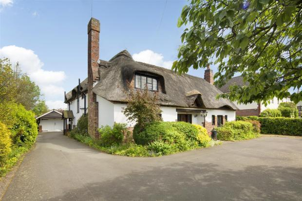 5 Bedrooms House for sale in Bulkington Lane, Nuneaton