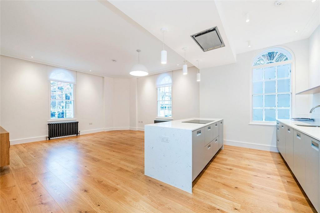 3 Bedrooms Flat for rent in Stone House, 9 Weymouth Street, London, W1W