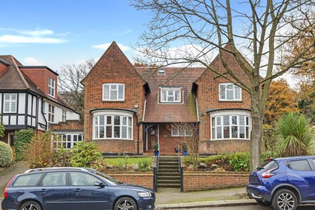 7 Bedrooms Detached House for sale in Lanchester Road, Highgate, London, N6