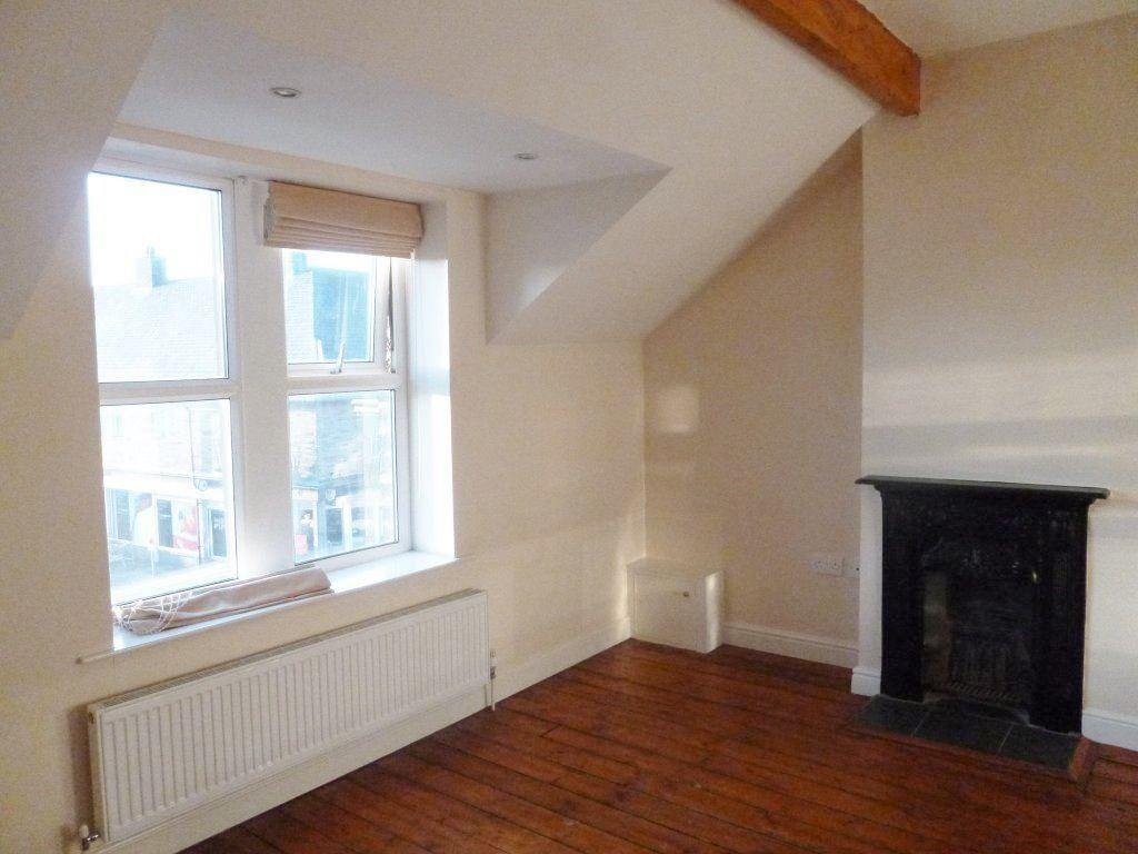 Studio Flat for rent in High Street, Penistone, Sheffield