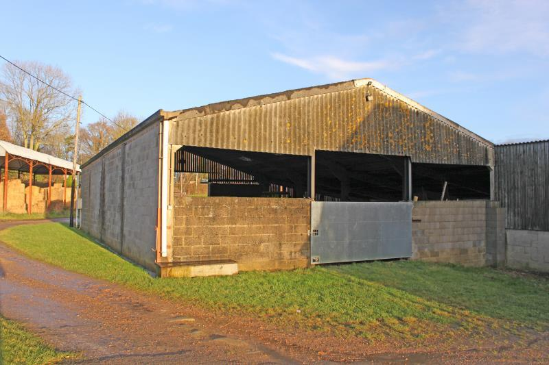 Barn Character Property for rent in Landford