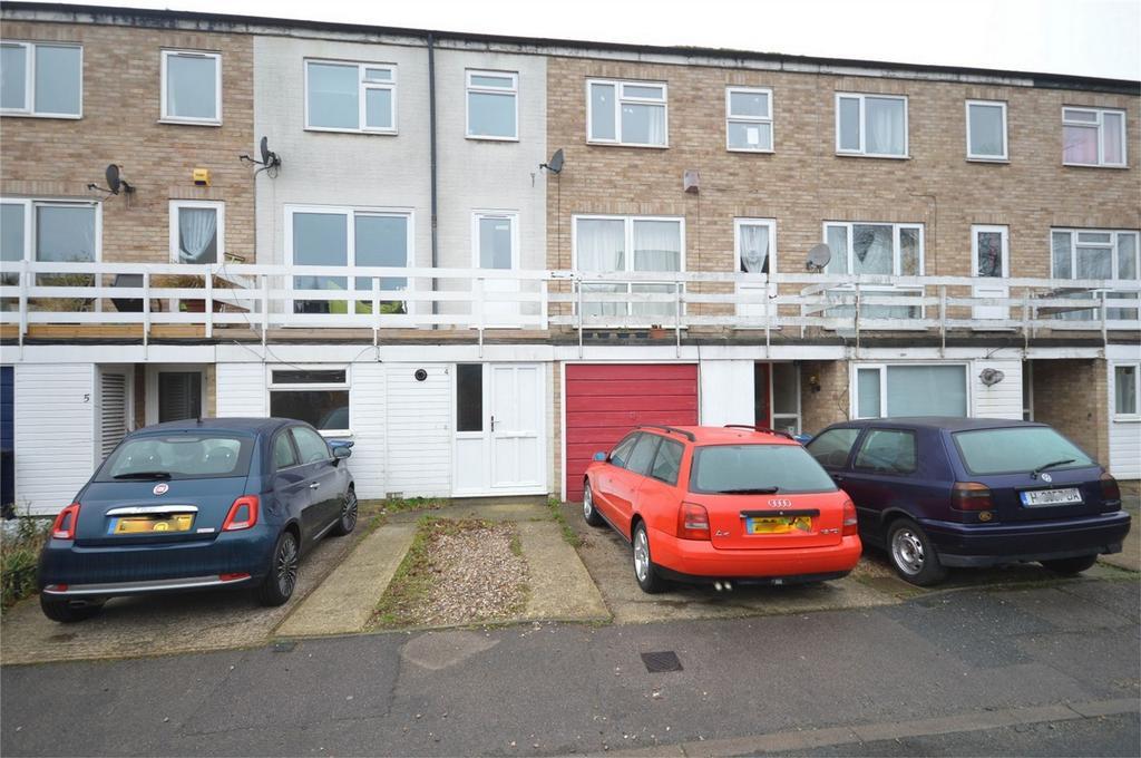 4 Bedrooms Terraced House for sale in Wilton Close, BISHOP'S STORTFORD, Hertfordshire