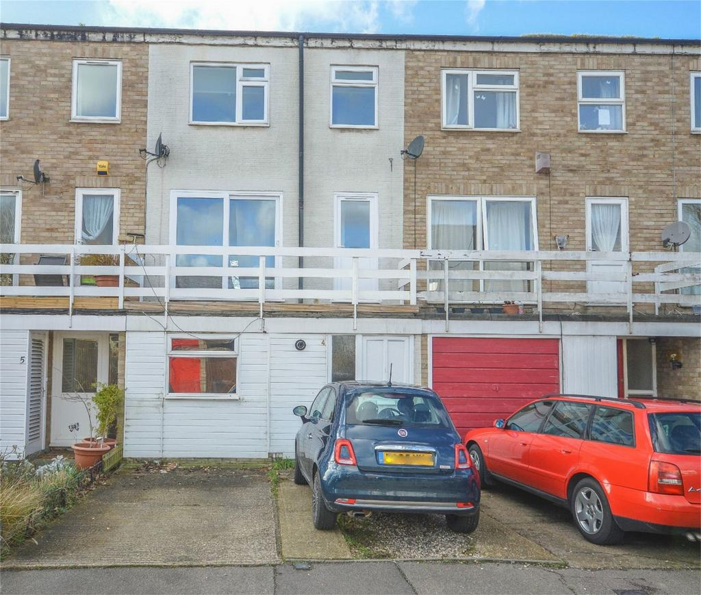 4 Bedrooms Terraced House for sale in Wilton Close, BISHOP'S STORTFORD, Hertfordshire