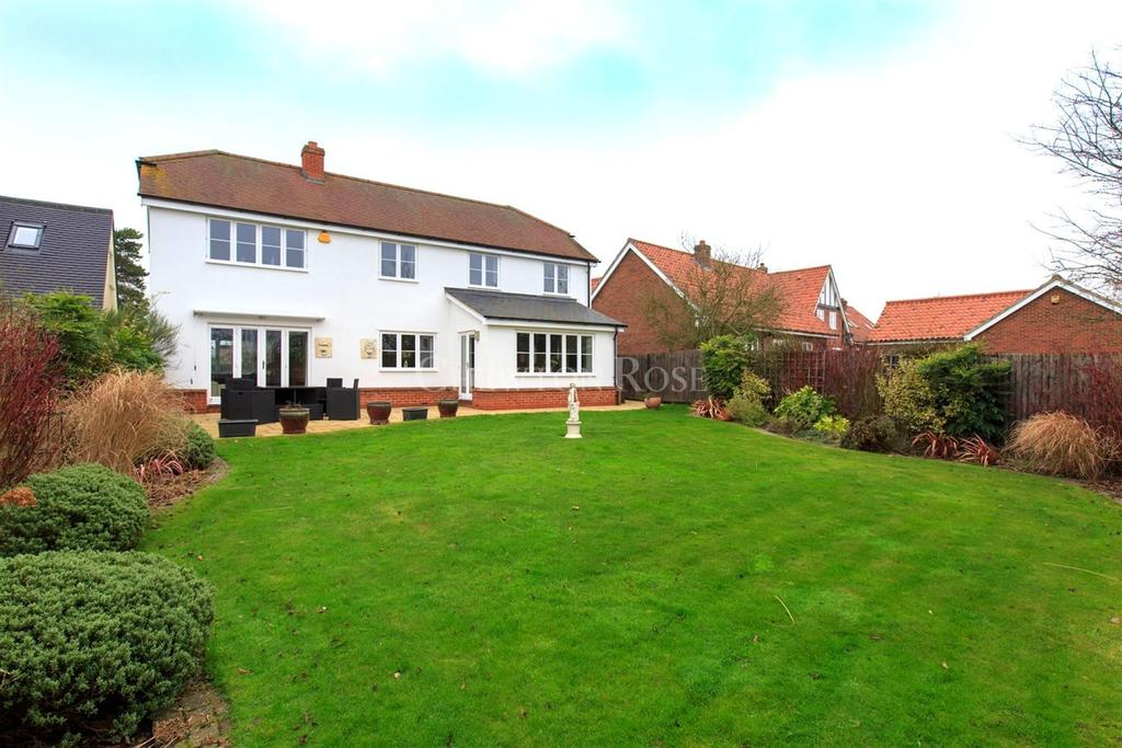 5 Bedrooms Detached House for sale in Gosfield