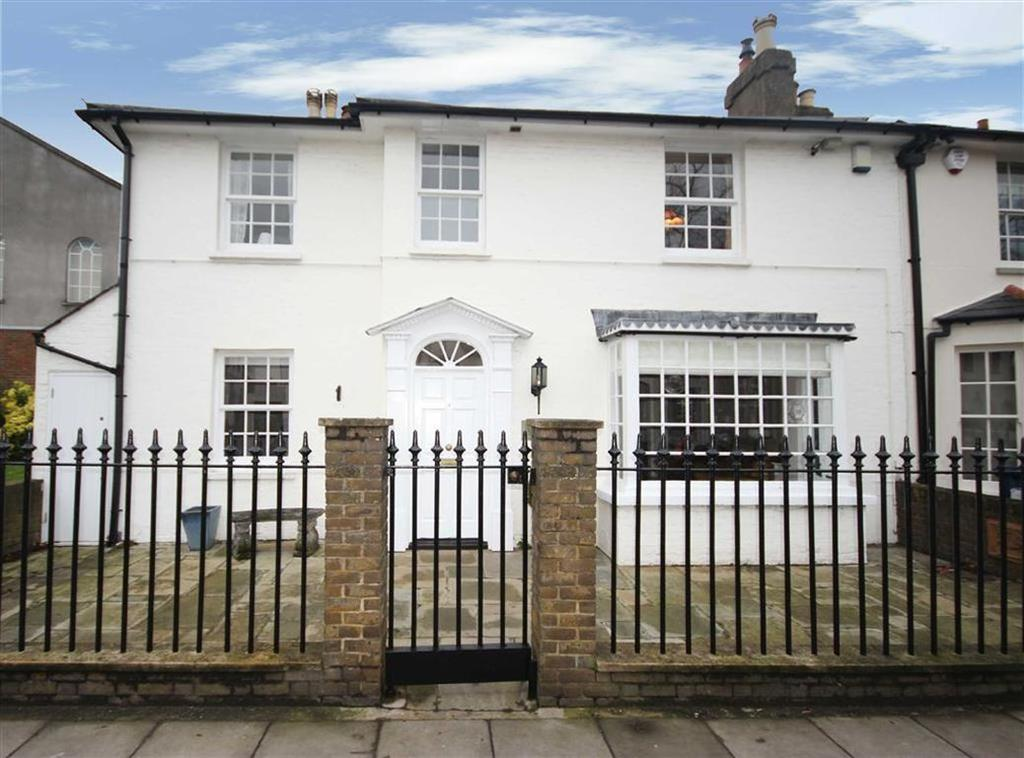 4 Bedrooms House for sale in High Street, Hadley Green, Barnet, Hertfordshire
