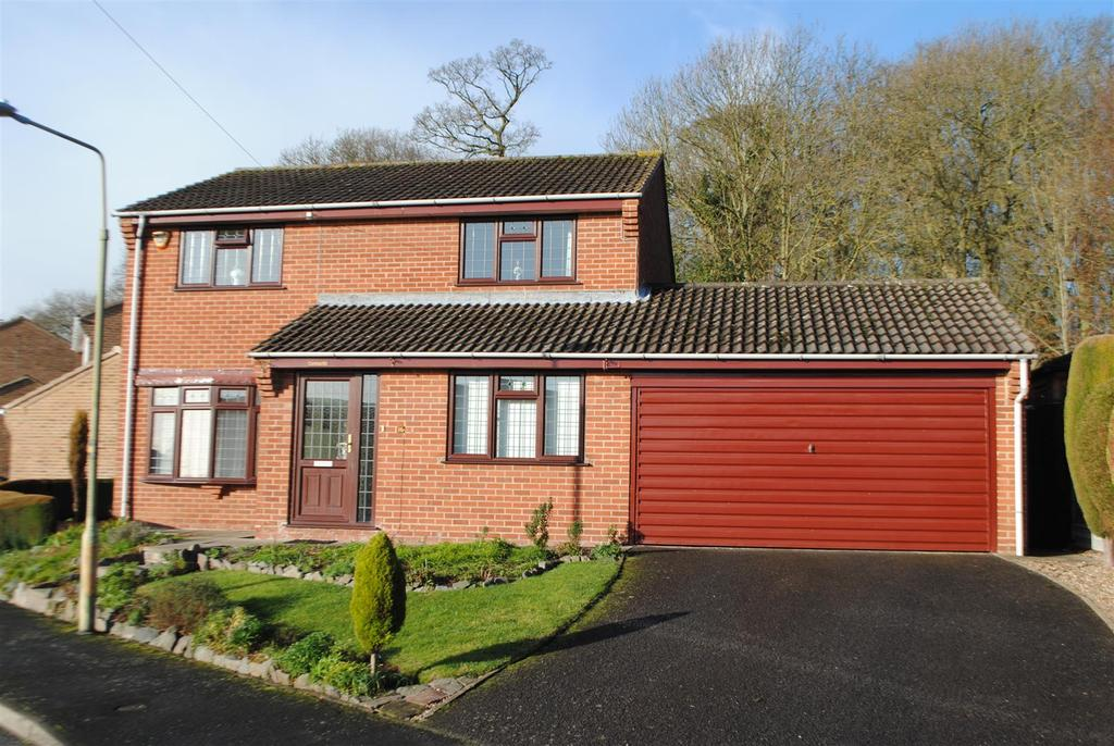 4 Bedrooms Detached House for sale in Stewart Drive, Loughborough