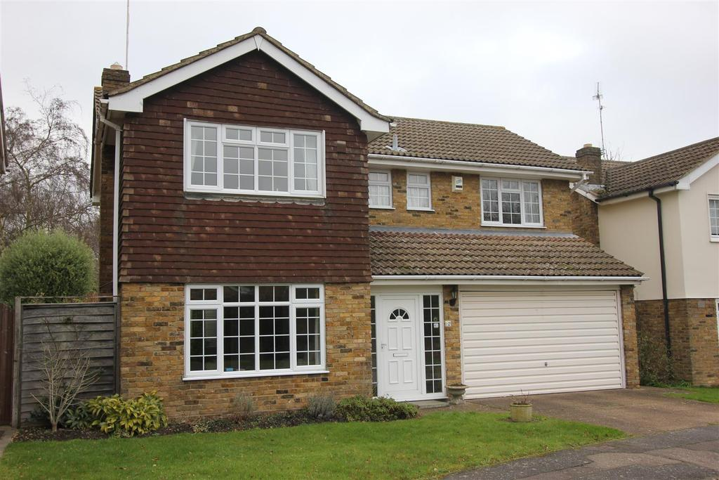 4 Bedrooms Detached House for sale in St. Andrews Place, Shenfield, Shenfield