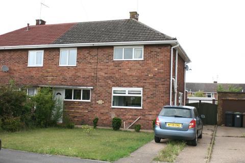 3 bedroom semi-detached house to rent - Matlock Drive, North Hykeham, LN6