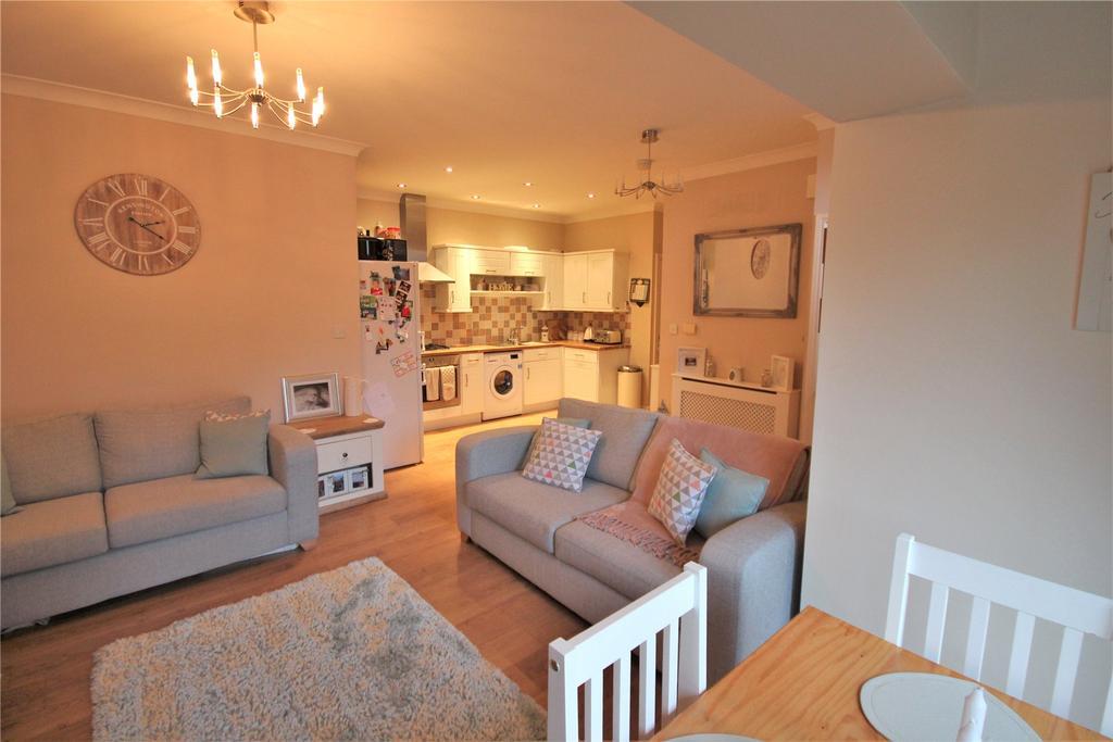 2 Bedrooms Flat for rent in Springfield Grange, Oatfield Close, DN33