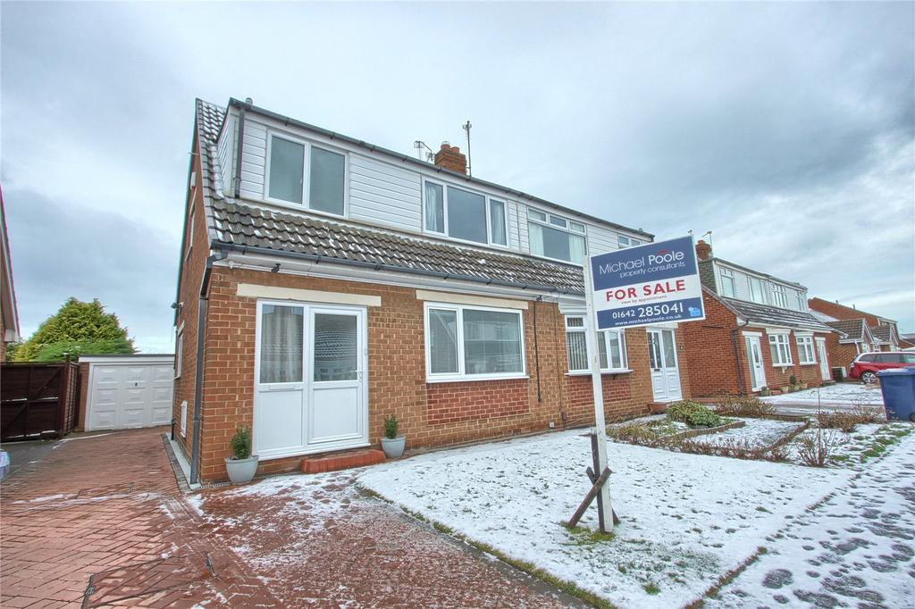3 Bedrooms Semi Detached House for sale in Woodford Close, Marske-by-the-Sea