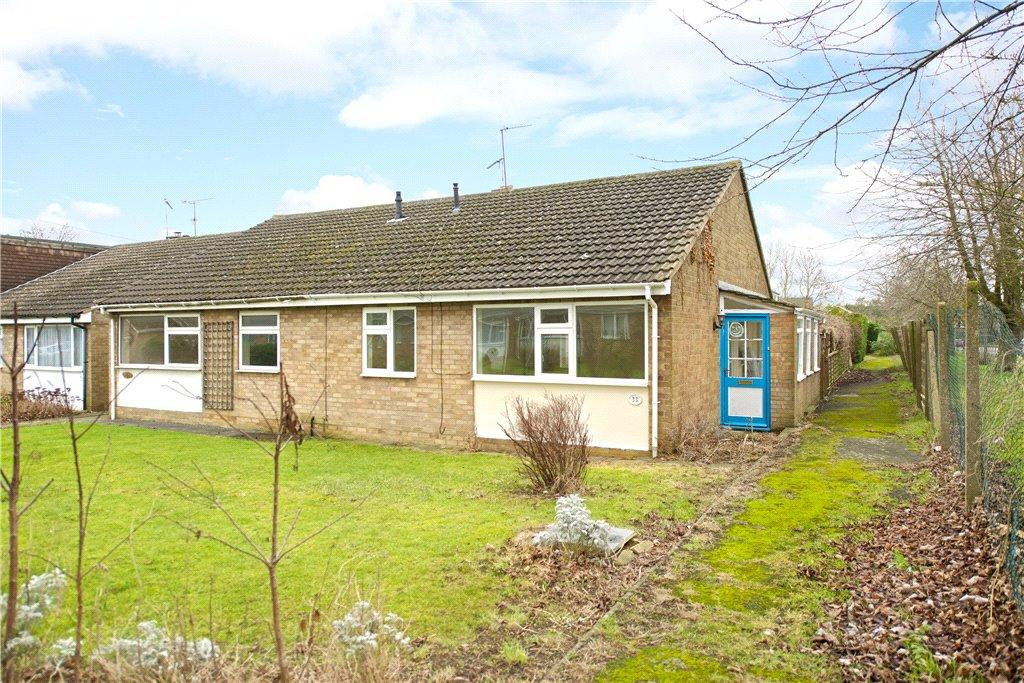 2 Bedrooms Semi Detached Bungalow for rent in Mays Way, Potterspury, Towcester, Northamptonshire