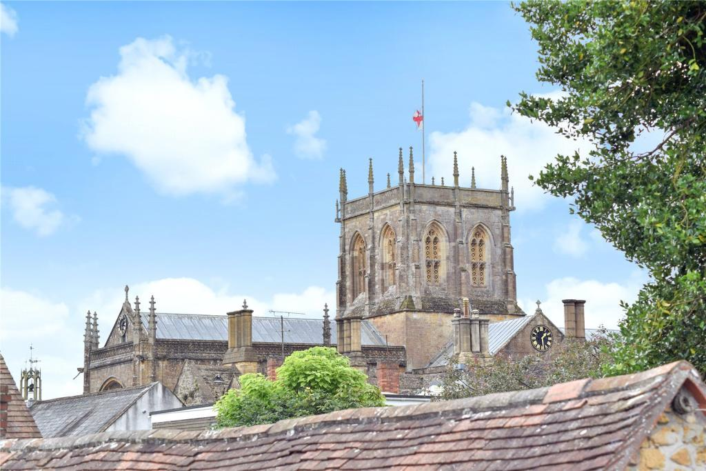 2 Bedrooms Flat for sale in Cheap Street, Sherborne