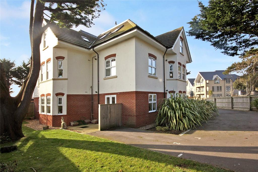 2 Bedrooms Flat for sale in Foxholes Road, Bournemouth, Dorset, BH6