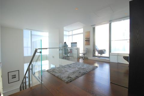 2 bedroom flat to rent - Pan Peninsula Square, London