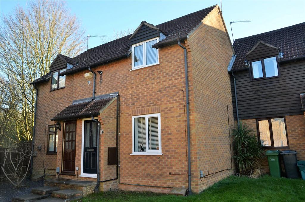 2 Bedrooms Terraced House for sale in Myton Walk, Theale, Reading, Berkshire, RG7