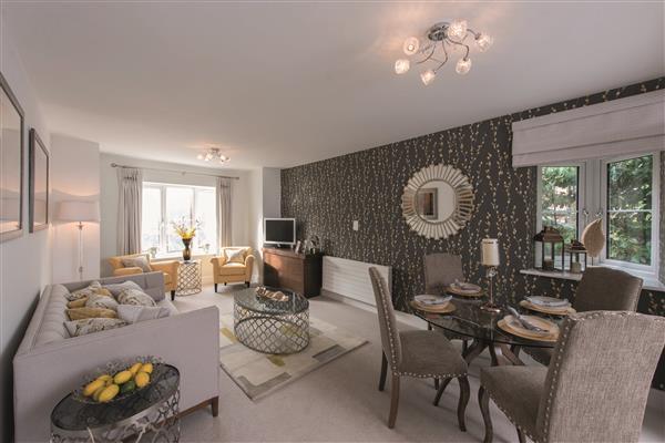 2 Bedrooms Apartment Flat for sale in Weston Grove, Headley Road, Grayshott