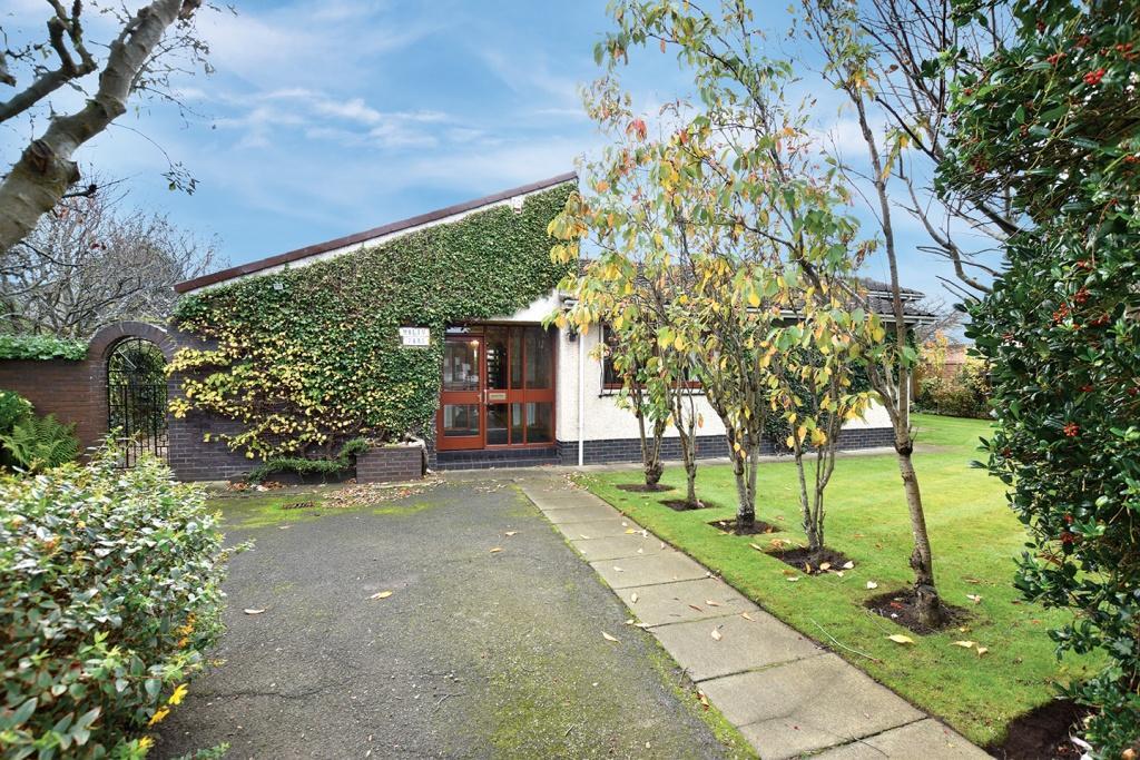 4 Bedrooms Detached Bungalow for sale in Malin Park, 2 Lochend Road, Troon, KA10 6EU