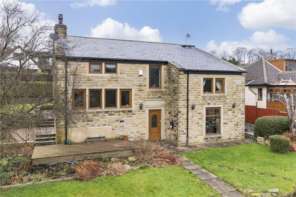 4 Bedrooms Detached House for sale in Gledhow Drive, Oxenhope, Keighley, West Yorkshire