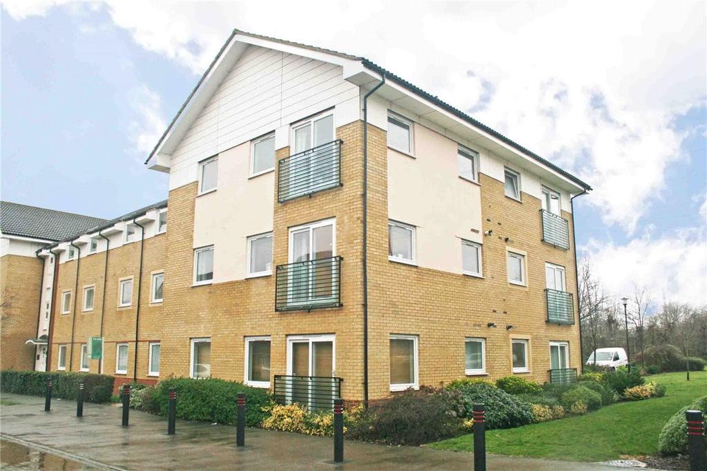 2 Bedrooms Flat for sale in Eddington Crescent, Welwyn Garden City, Hertfordshire