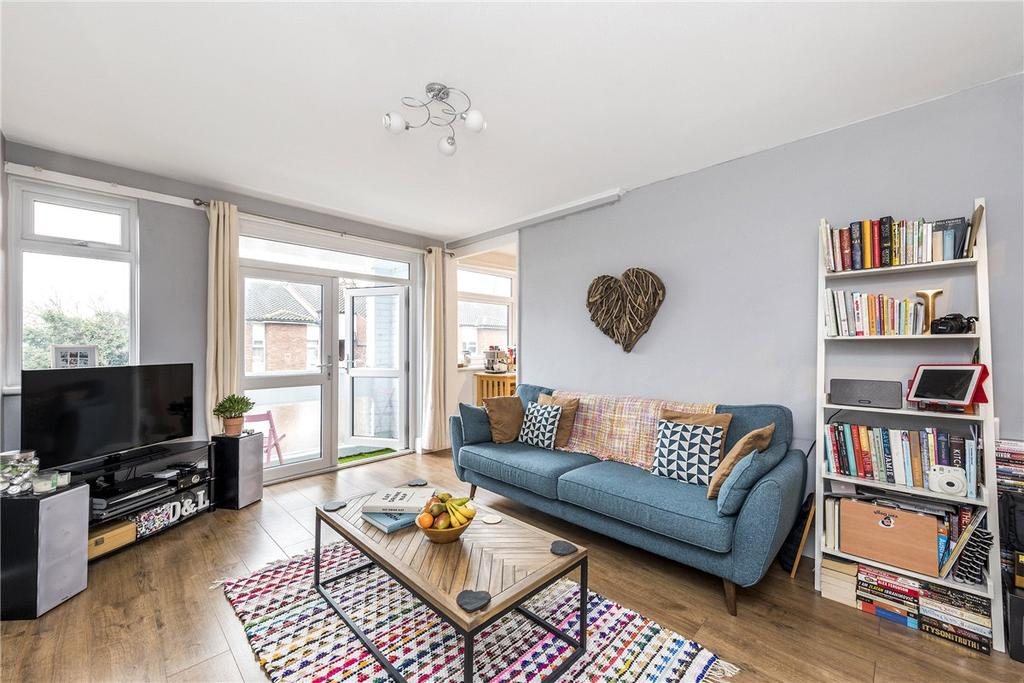 2 Bedrooms Apartment Flat for sale in Arnewood Close, London, SW15