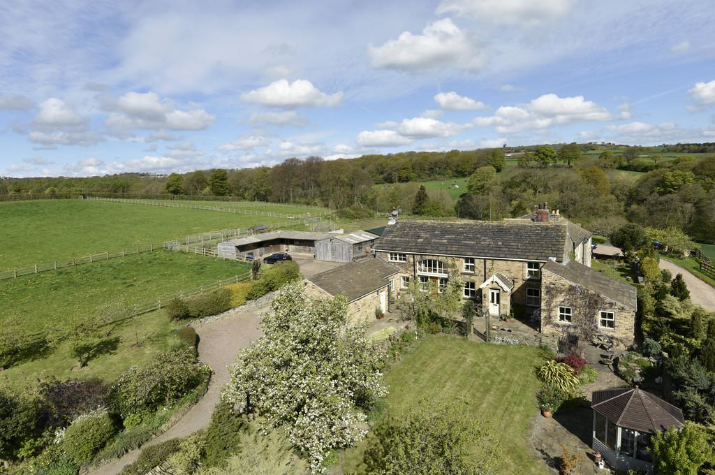 4 Bedrooms Cottage House for sale in Fryer Royd, Cawthorne, S75