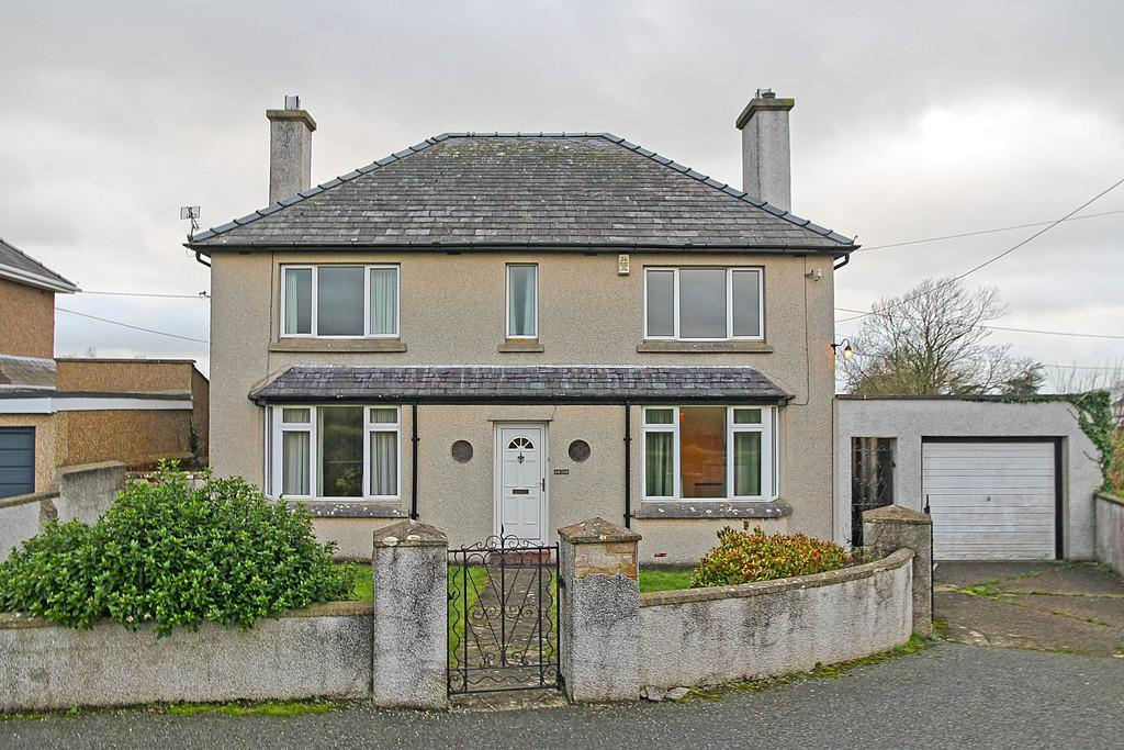 4 Bedrooms Detached House for sale in Ffrwd Cae Du, Bontnewydd, North Wales
