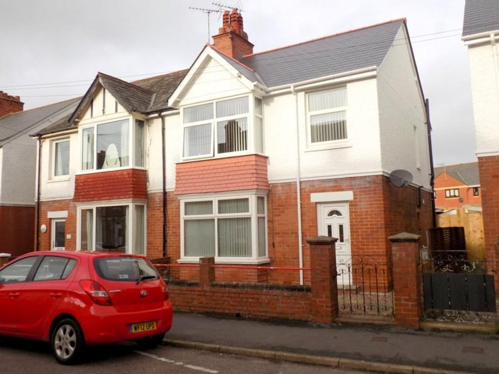 3 Bedrooms Semi Detached House for sale in Park Road, Exmouth