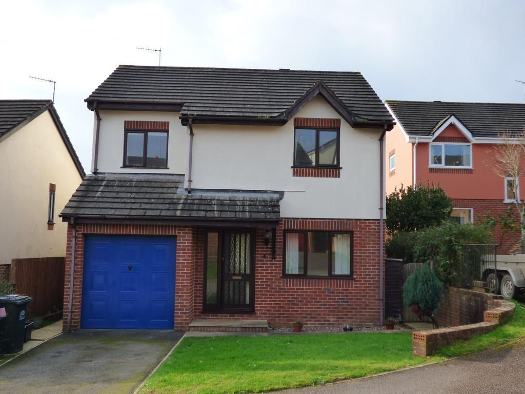 4 Bedrooms Detached House for sale in Church View, Chudleigh