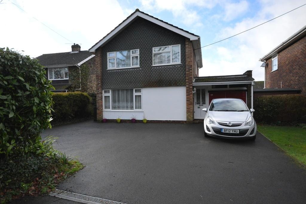 3 Bedrooms Detached House for sale in Stopples Lane, Hordle, Lymington