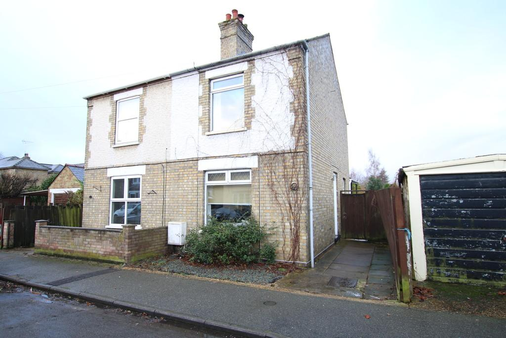 3 Bedrooms Semi Detached House for sale in Hereward Street, March
