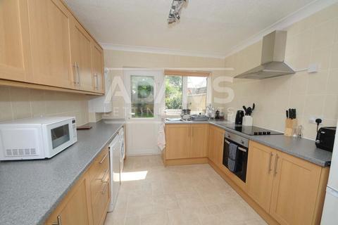3 bedroom semi-detached bungalow to rent - Rodbourne Close, Everton, Lymington