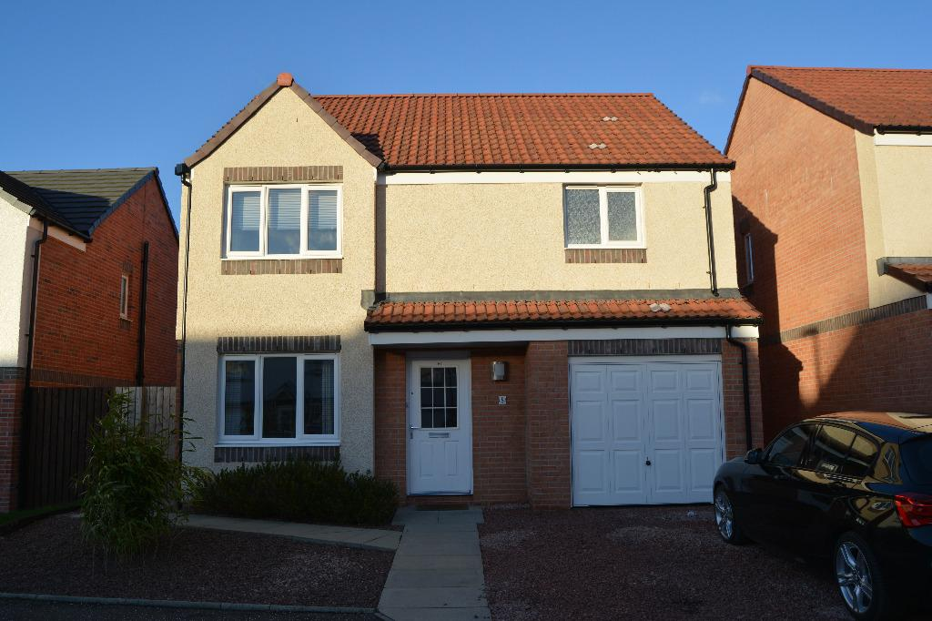 4 Bedrooms Detached House for sale in McNee Place, Redding, Falkirk, FK2 9GR