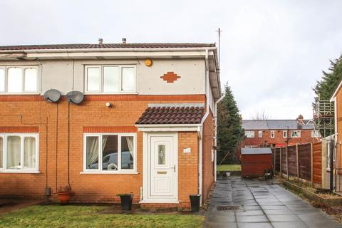 2 bedroom semi-detached house to rent - Harecastle Avenue, Eccles, Manchester, M30