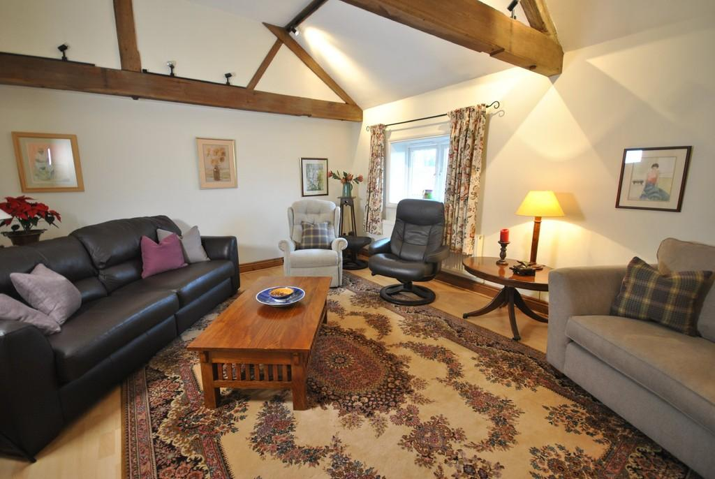 3 Bedrooms Terraced House for sale in Cherry Tree Court, Diss, Norfolk