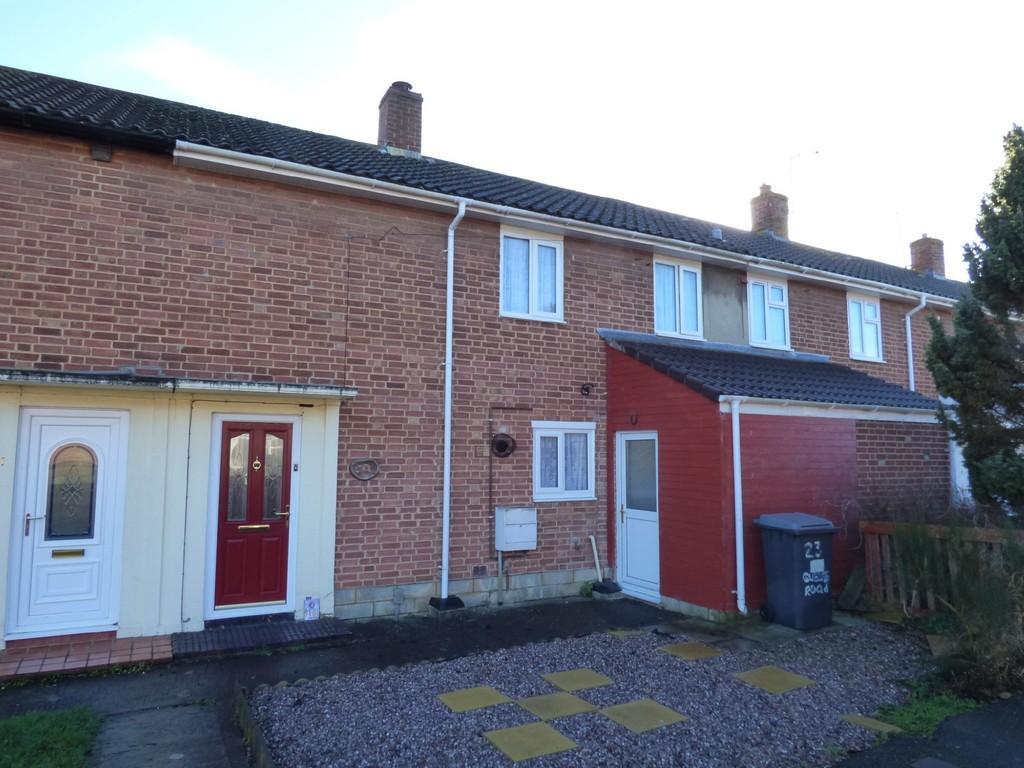 3 Bedrooms Terraced House for sale in Queens Road, Westbury