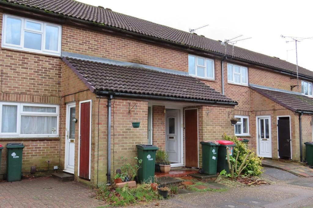 1 Bedroom Maisonette Flat for sale in Cottesmore Green, Crawley, RH11