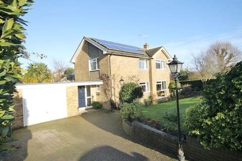 4 bedroom detached house for sale - Birchwood Grove Road, Burgess Hill, West Sussex