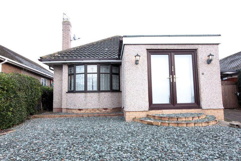 2 Bedrooms Detached Bungalow for sale in Ffordd Derwen, Rhyl