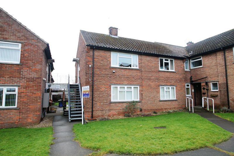2 Bedrooms Apartment Flat for sale in Roseberry Road, Billingham