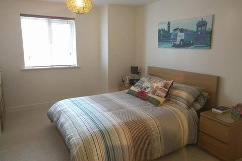 2 bedroom flat to rent - Admirals House, Gisors Road, PO4 8GX