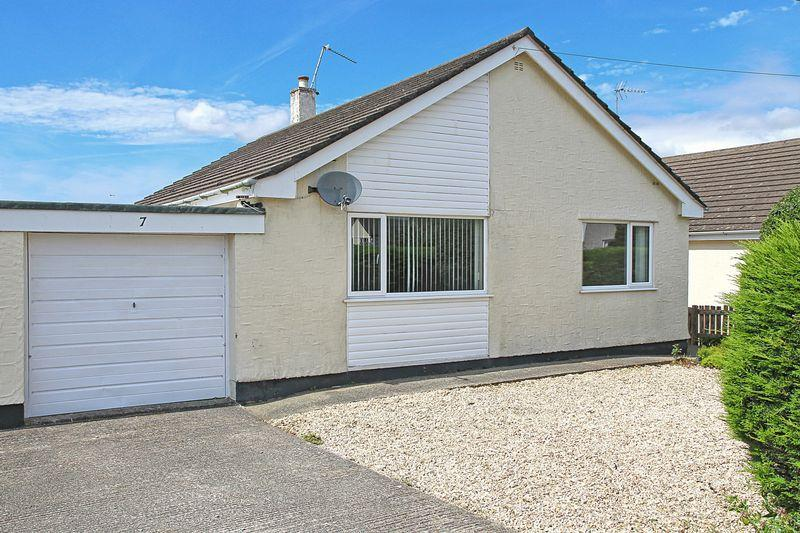 2 Bedrooms Detached Bungalow for sale in Newborough, Anglesey