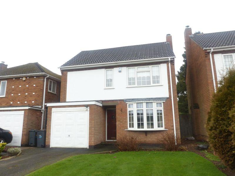 3 Bedrooms Detached House for sale in Little Sutton Road, Four Oaks, Sutton Coldfield